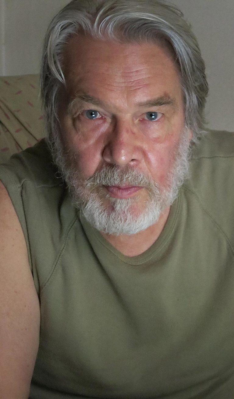 De Es Schwertberger Portrait