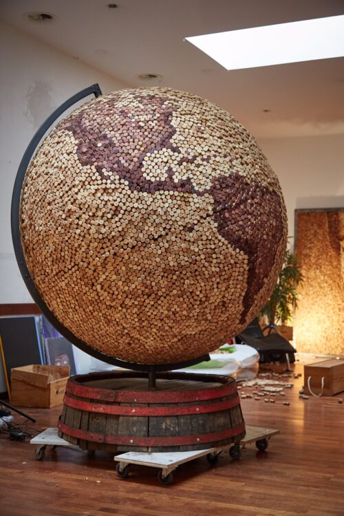 The globe of corks daniel kubini korken kunst
